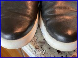 John Fluevog Men s size 12 Black Leather zippered Loafer, casual slip on shoes